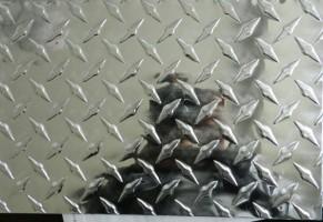 指针花纹铝板